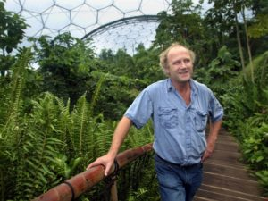tim-smit-in-rainforest-biome-steps
